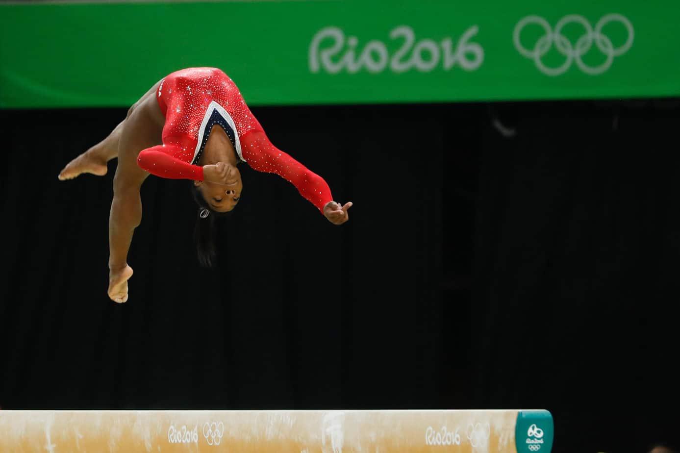 Simone Biles na prova final da trave nos Jogos Olímpicos Rio 2016 scaled