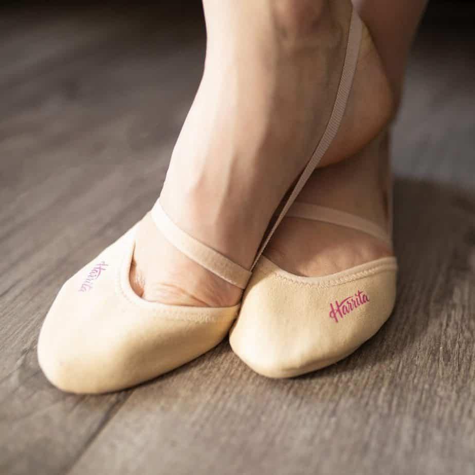 gymnastics toe shoes